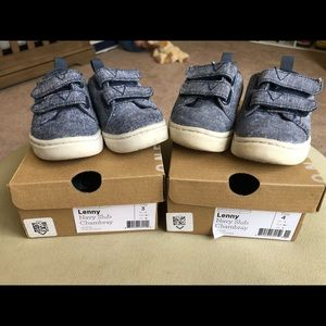 Bundle of TOMS Lenny sneakers